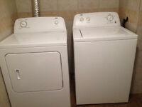 Urgent laveuse sécheuse inglis 2012 doit partir avant le 1 sept