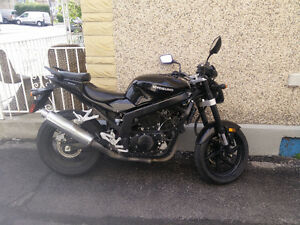 (REDUCED FOR QUICK SALE) Hyosung GT250