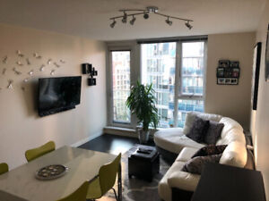 Furnished 1 Bedroom & Den in Downtown (Robson @ Cambie)
