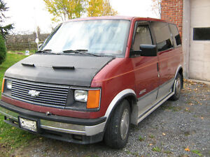1988 Chevrolet Astro Fourgonnette,3 sieges,8 passagers