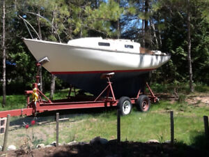 Classic Alberg 22 in good sail away condition, mobile on trailer