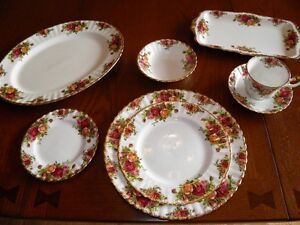 Old country roses china Campbell River Comox Valley Area image 1