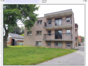 Oshawa Clean and Spacious 2 bedroom available $1350/month