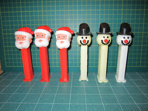 50 PEZ (Star Wars, Looney Tunes, Peanuts) for Sale.