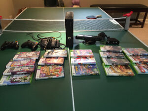 XBOX 360   Kinect wNyko Zoom, 500GB External Harddrive   17Games