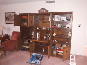 3 piece entertainment/display wall unit 8 out of 10 condition
