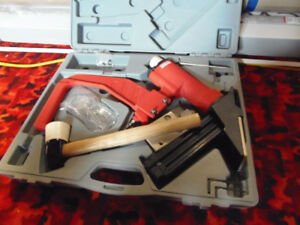 """Bynford Flooring 2"""" Cleat and Staple Nailer"""