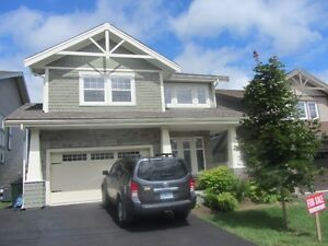 New Price!! House on Cul-de-Sac in the Parks of West Bedford!