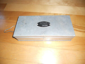 Antique vintage coffre collection UMCO, Fishing tackle box