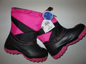 Girls Weather Spritis Winter Boots Size 3 - Pink and Black