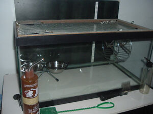 THIS CAGE AQUARIUM GOOD FOR GERBIL MICE FISH SNAKE.....