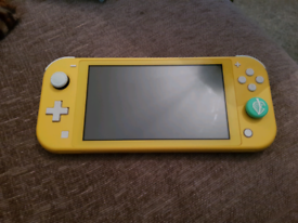 Nintendo Switch Lite - Like New - NO CHARGER
