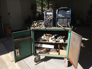 REDUCED welder, wire feeder and tig torch with cables
