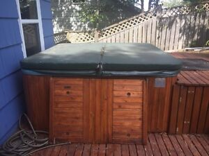 FREE HOT TUB-Come and get it