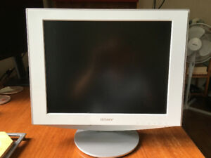 Sony HS-Series SDM-HS53 - LCD monitor - 15 inch