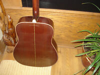 TAKAMINE G 332 EXCELLENT SOUND, EASY PLAY, WITH CASE, GUITAR