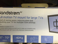 Sandstrom TV full motion TV mount.