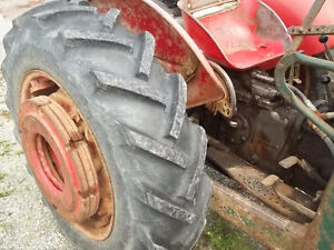 Massey Feruson 50 Gas with P.Steering Sarnia Sarnia Area image 5
