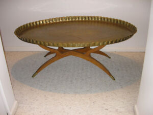 Mid-Century Large Oval Brass Tray Table with Spider-Leg.