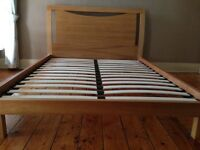 King size wooden bed base