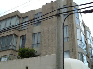 One Bedroom plus One Den with Solarium  (401 - 488 West 40th Ave
