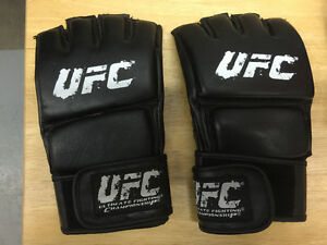 TWO PAIRS OF MMA/UFC TRAINING GLOVES