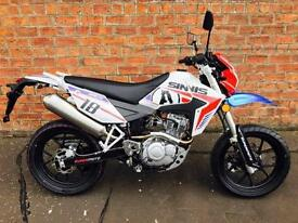 NEW Euro4 Sinnis Apache Supermoto 125 own this bike for only £12.95 a week
