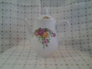 ASSORTED VINTAGE CHINA PIECES $15 AND UP