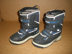 SUPERFIT Insulated Boots  Size 9 London Ontario image 1
