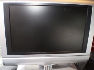 19 inch venturer lcd tv/dvd combo with remote