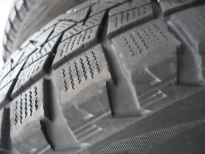 Bridgestone Blizzak DM-V1 265/70R16 112R Rims & Tires