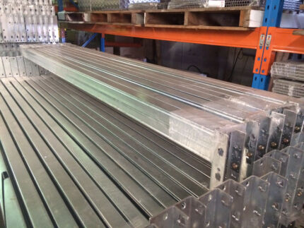 GALVANISED OUTDOOR PALLET RACKING -NEW
