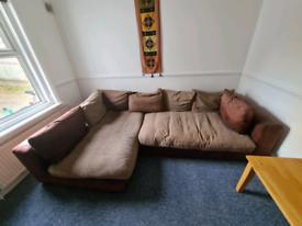 Corner sofa £0 collect