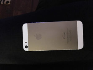 Iphone 5s for sale Kawartha Lakes Peterborough Area image 1