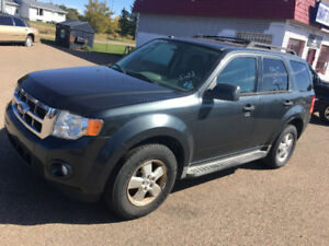 2009 FORD ESCAPE 4x4 3500$@902-293-6969