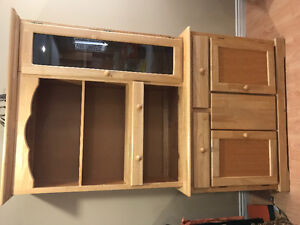 China cabinet and Hutch (2pc)