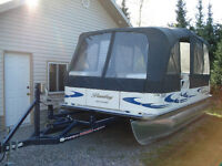 2008 Bentley Pontoon Boat - Immaculate Condition!