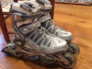 Patins à roues alignées de la marque Rollerblade