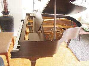 Piano - Knabe Baby Grand PRICED TO MOVE