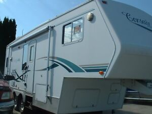 2002 Corsair Excella 26ft Rear Kitchen Slide - $15,500.00