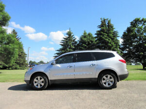 2010 Chevrolet Traverse LT AWD- 8 PASSENGER!!  ONLY $8950
