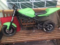 Custom midi moto