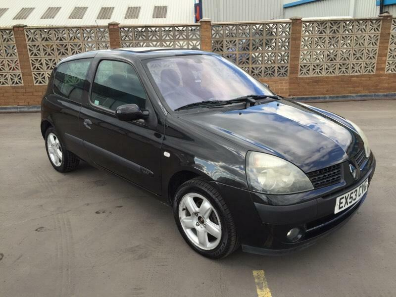 2003 53 renault clio 1 2 dynamique billabong 3dr special edition 12 months mot in sandwell. Black Bedroom Furniture Sets. Home Design Ideas