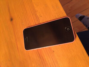 Iphone 5c 150$ negociable