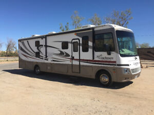 Motorhome Class 'A'  34 foot 2 slide outs