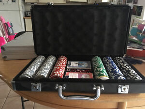 Complete Poker Set with Case London Ontario image 2