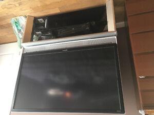 """Sony Trinitron Wega SXRD 1080p 50"""" rear projection LCD."""