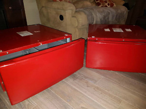 Red GE washer and dryer pedestals