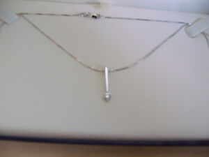 14KT WHITE GOLD SOLITAIRE DIAMOND SLIDE PENDANT NECKLACE London Ontario image 2