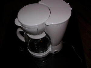 12 cups of coffee maker